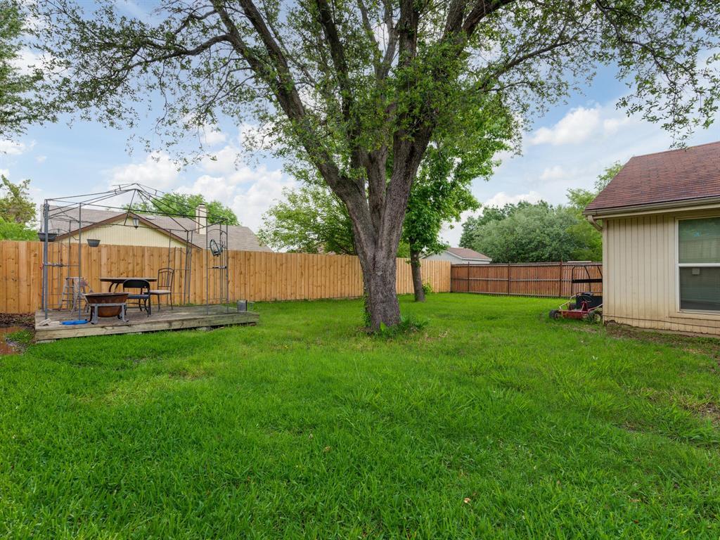 415 Lemon  Drive, Arlington, Texas 76018 - acquisto real estate best photos for luxury listings amy gasperini quick sale real estate
