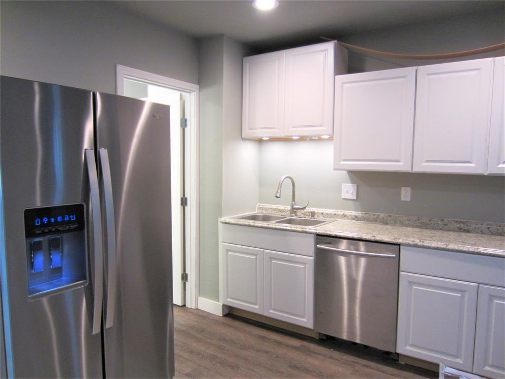 1420 Knight  Street, Denton, Texas 76205 - acquisto real estate best prosper realtor susan cancemi windfarms realtor