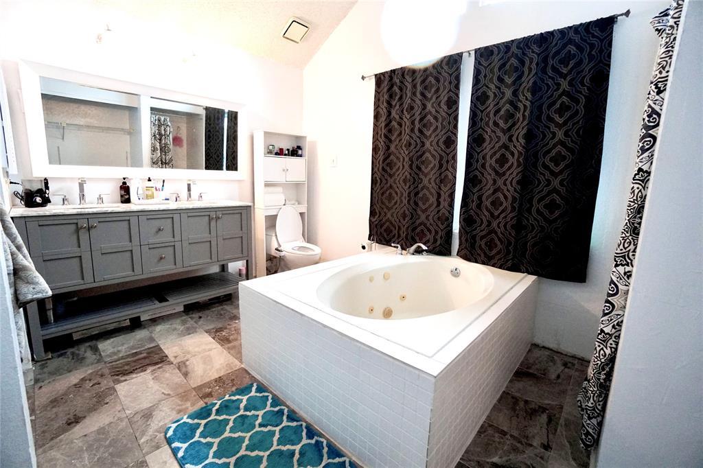 4905 Inwood  Drive, Rowlett, Texas 75088 - acquisto real estate best highland park realtor amy gasperini fast real estate service