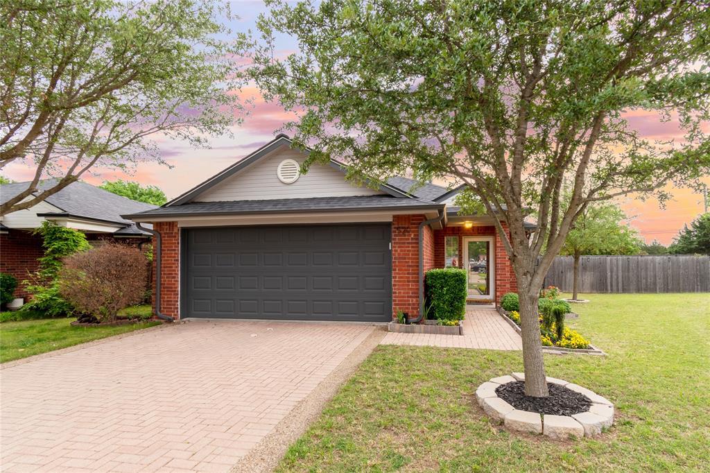 520 Majestic Park  Lane, Cedar Hill, Texas 75104 - Acquisto Real Estate best mckinney realtor hannah ewing stonebridge ranch expert