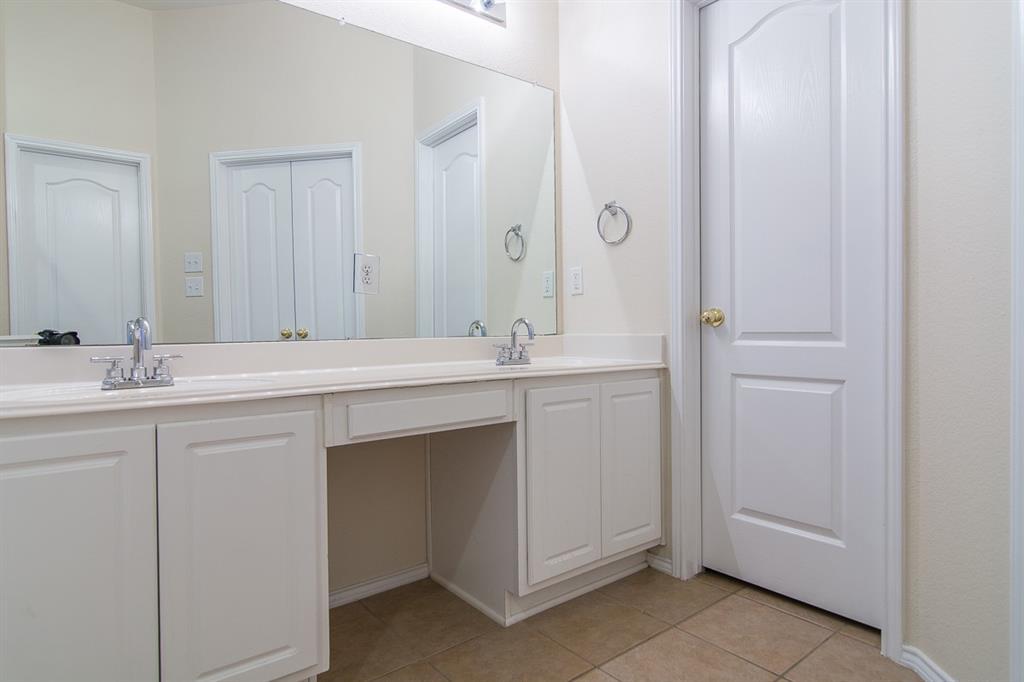 2700 Canyon Bay  McKinney, Texas 75072 - acquisto real estate best realtor dfw jody daley liberty high school realtor