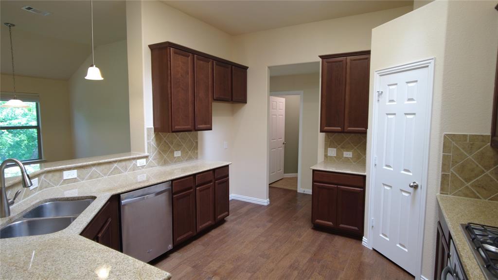 300 Dorset  Court, Roanoke, Texas 76262 - acquisto real estate best allen realtor kim miller hunters creek expert