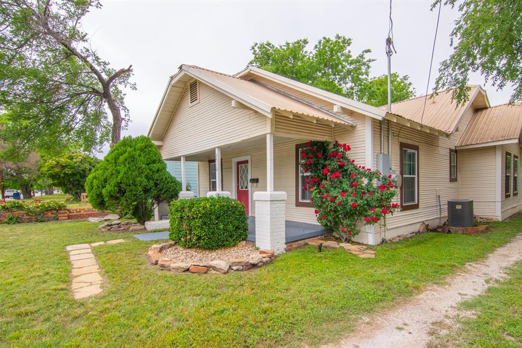 2512 Austin  Avenue, Brownwood, Texas 76801 - acquisto real estate best the colony realtor linda miller the bridges real estate