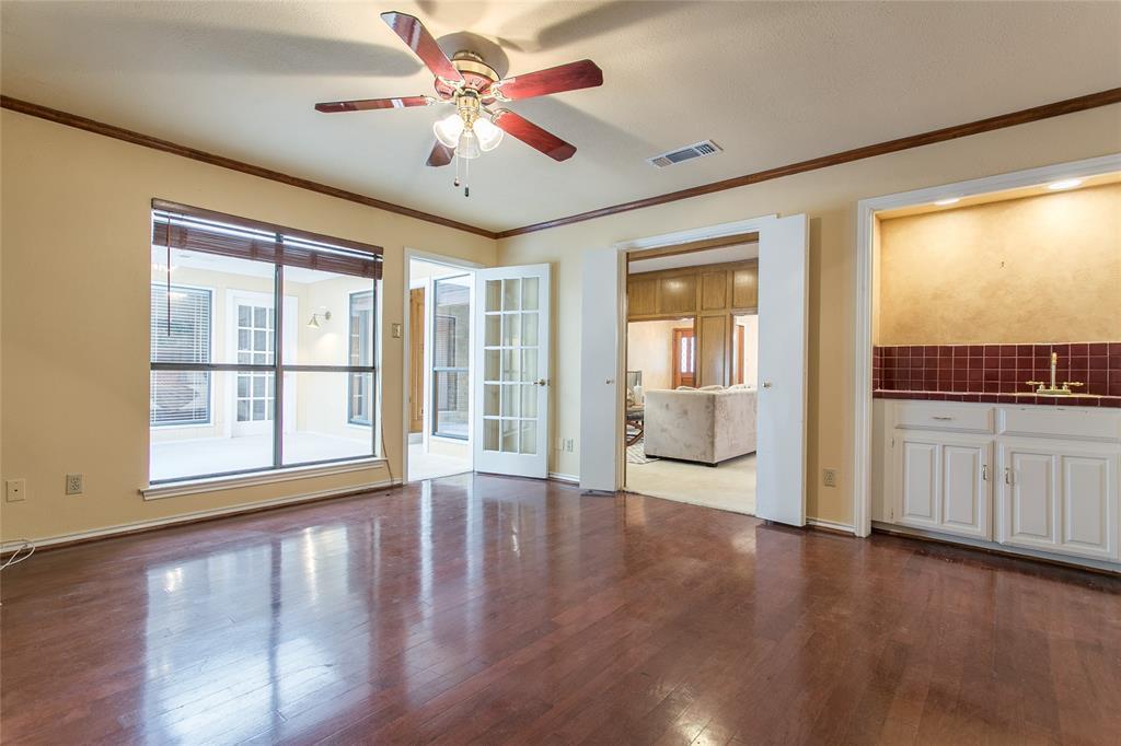 8046 Moss Meadows  Drive, Dallas, Texas 75231 - acquisto real estate best luxury buyers agent in texas shana acquisto inheritance realtor
