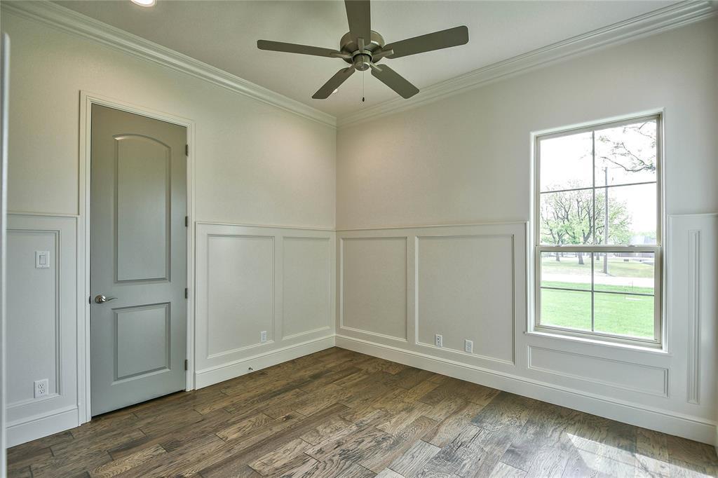8021 Landings  Road, Granbury, Texas 76049 - acquisto real estate best realtor dfw jody daley liberty high school realtor