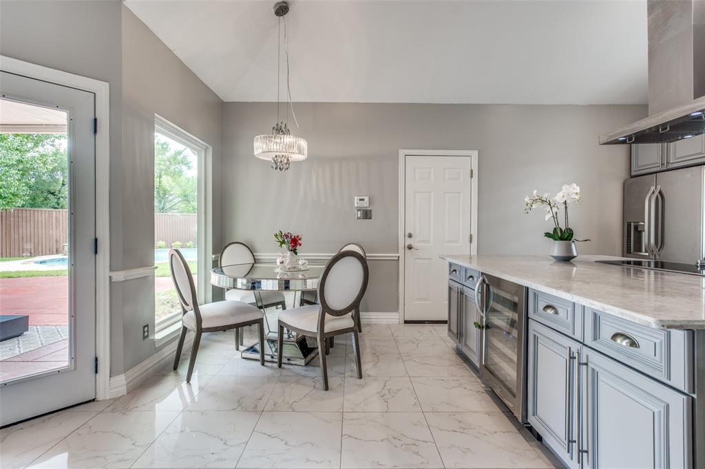 1704 Endicott  Drive, Plano, Texas 75025 - acquisto real estate best photos for luxury listings amy gasperini quick sale real estate