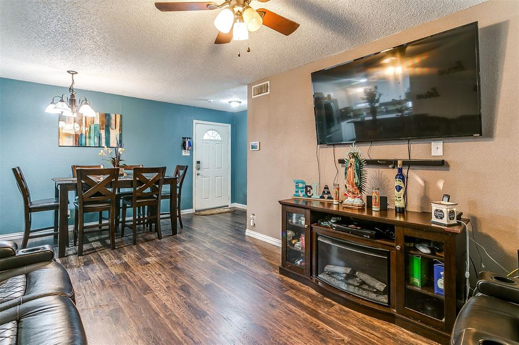 2214 Ridgeway  Street, Arlington, Texas 76010 - acquisto real estate best listing agent in the nation shana acquisto estate realtor