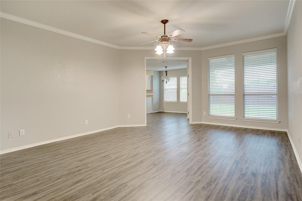 1015 Vinewood  Avenue, Burleson, Texas 76028 - Acquisto Real Estate best mckinney realtor hannah ewing stonebridge ranch expert