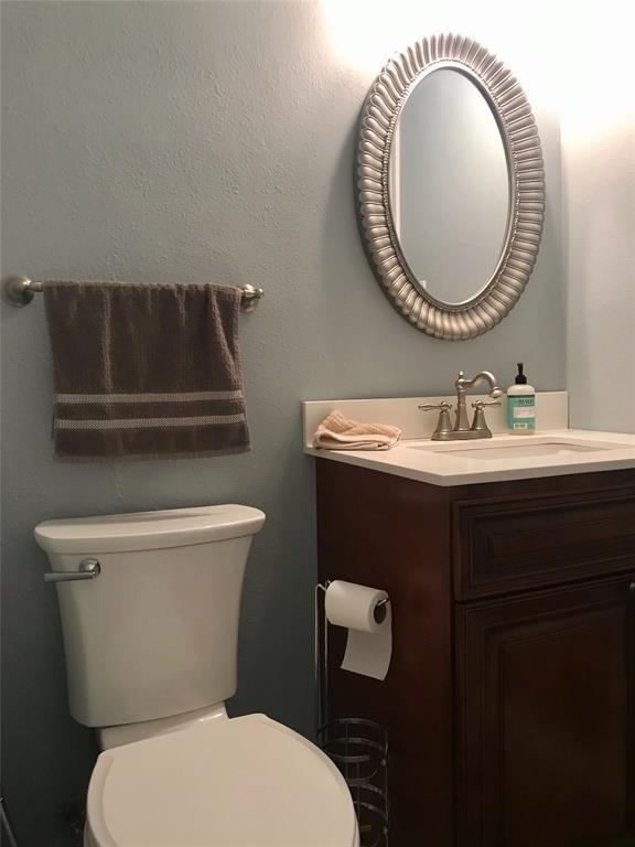 18 Remington  Drive, Highland Village, Texas 75077 - acquisto real estate best highland park realtor amy gasperini fast real estate service