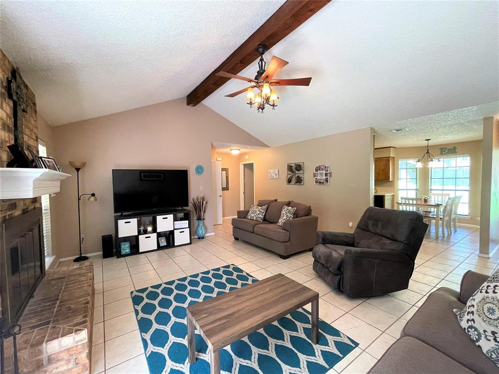 563 Ferndale  Lane, Fairfield, Texas 75840 - acquisto real estate best flower mound realtor jody daley lake highalands agent of the year