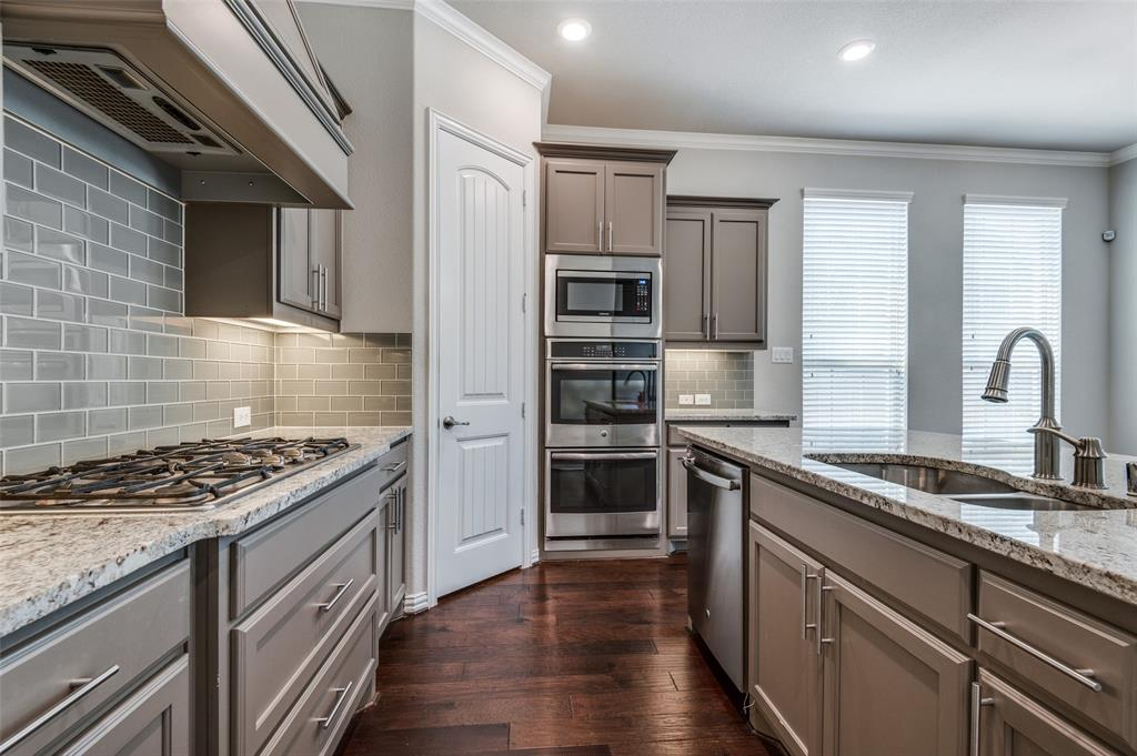600 Rustic  Lane, Euless, Texas 76039 - acquisto real estate best real estate company to work for