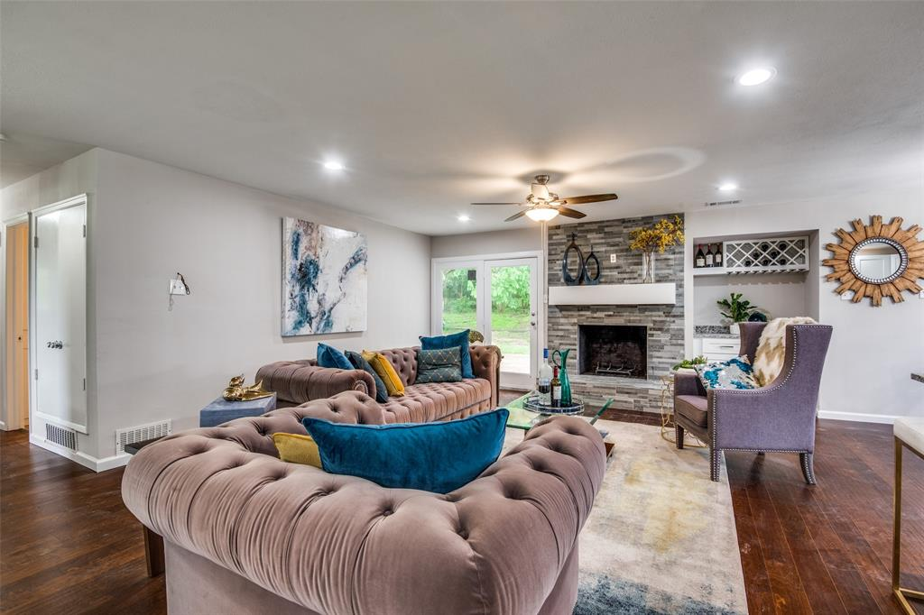 2948 Golfing Green  Drive, Farmers Branch, Texas 75234 - acquisto real estate best new home sales realtor linda miller executor real estate