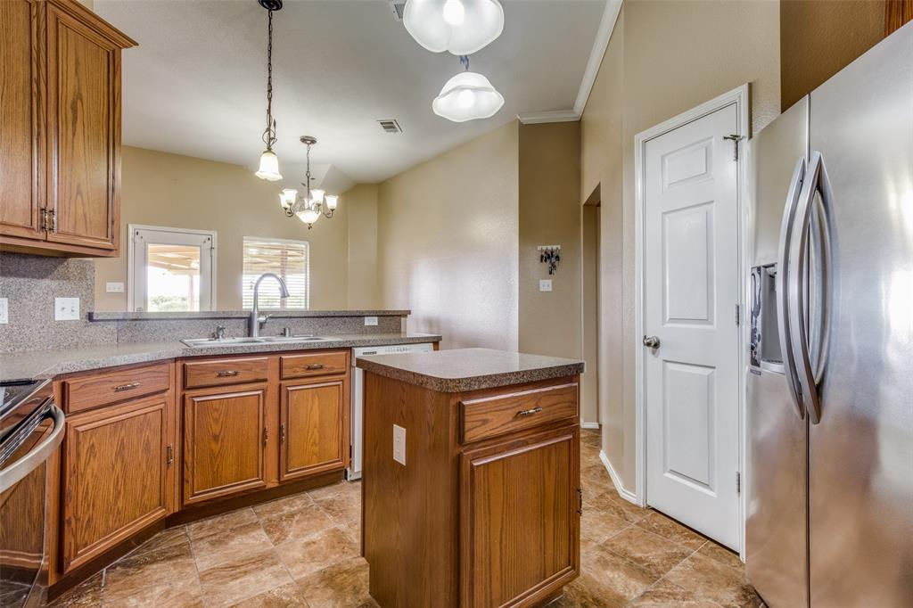 529 Kings Creek  Drive, Terrell, Texas 75161 - acquisto real estate best real estate company to work for