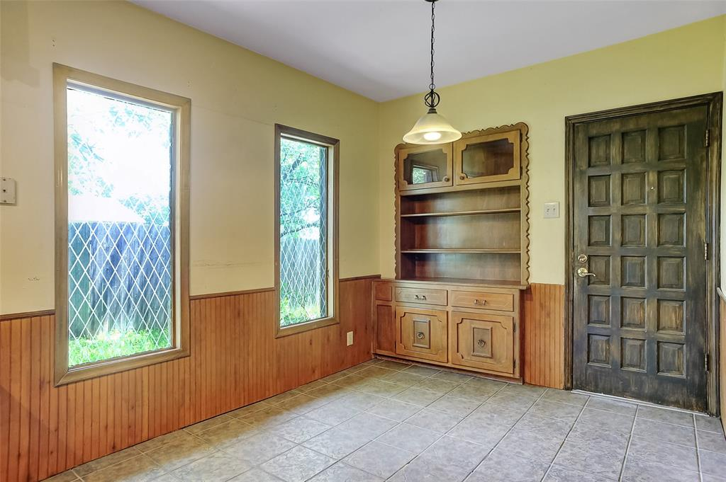 1713 Ridgeway  Drive, Sherman, Texas 75092 - acquisto real estate best style realtor kim miller best real estate reviews dfw