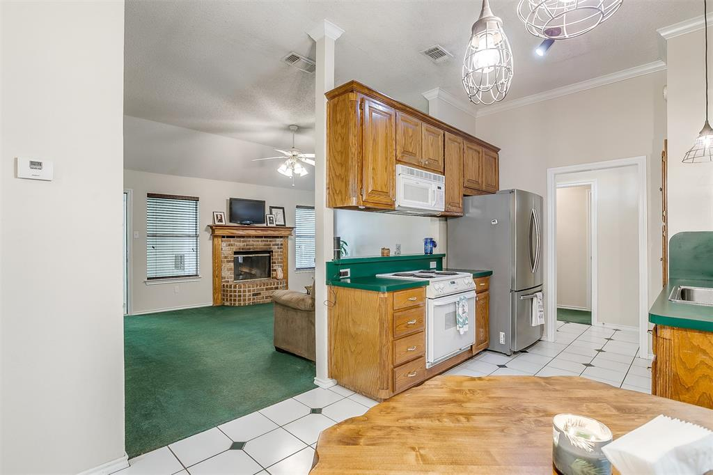 831 Irene  Street, Burleson, Texas 76028 - acquisto real estaet best boutique real estate firm in texas for high net worth sellers
