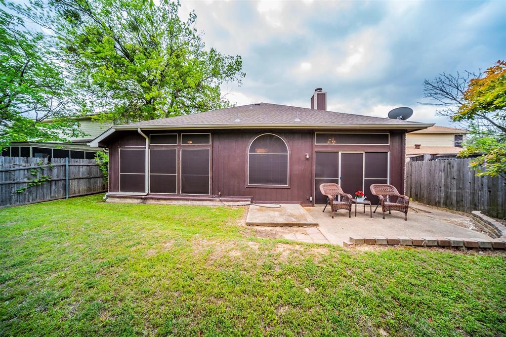 210 Chamblin  Drive, Cedar Hill, Texas 75104 - acquisto real estate best frisco real estate agent amy gasperini panther creek realtor