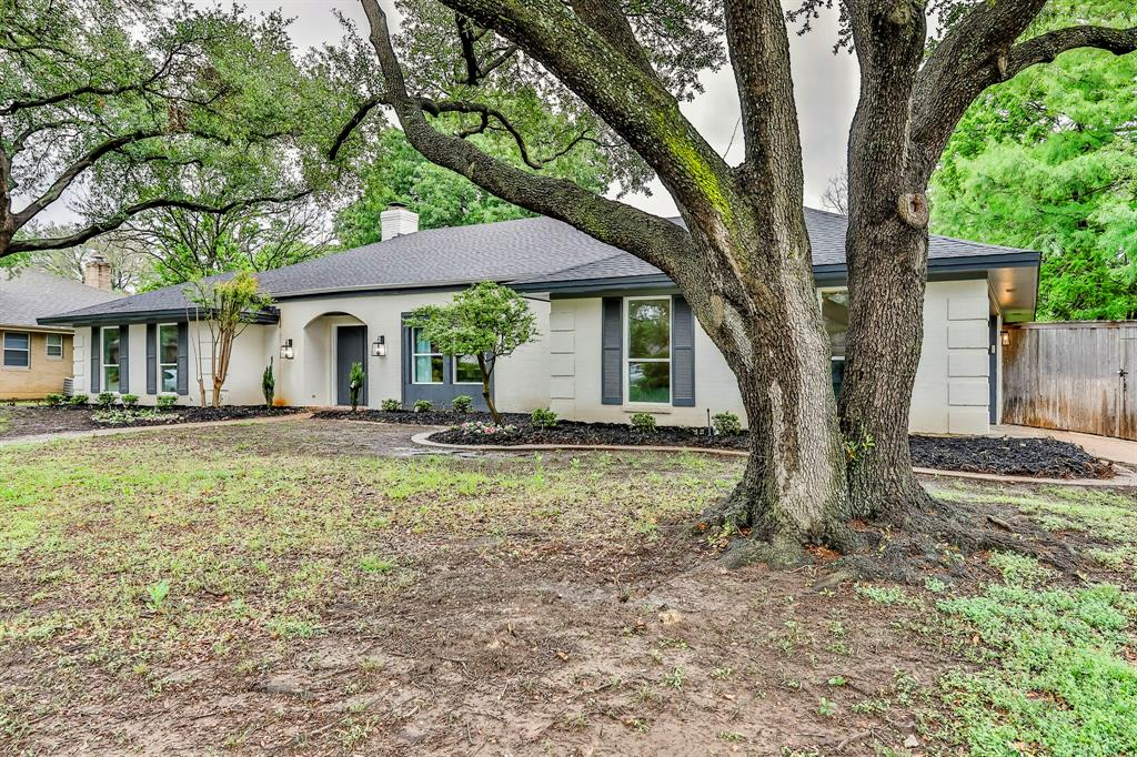6801 Kingswood  Drive, Fort Worth, Texas 76133 - Acquisto Real Estate best plano realtor mike Shepherd home owners association expert