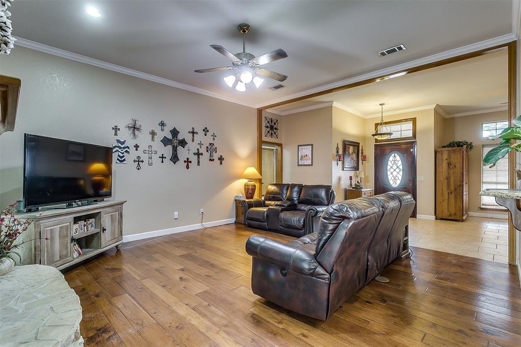 532 Forest Edge  Street, Burleson, Texas 76028 - acquisto real estate best new home sales realtor linda miller executor real estate