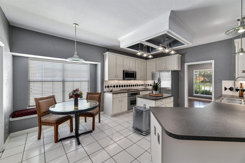 2311 Norwich  Drive, Carrollton, Texas 75006 - acquisto real estate best listing agent in the nation shana acquisto estate realtor