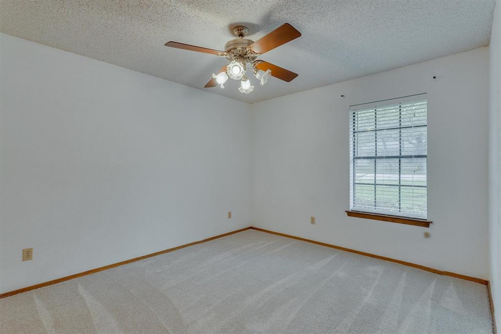 2919 Spring Oaks  Court, Bedford, Texas 76021 - acquisto real estate best realtor foreclosure real estate mike shepeherd walnut grove realtor