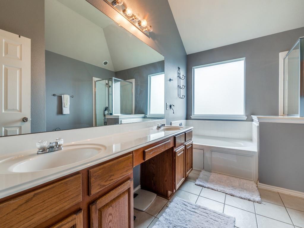 2104 Boulder Ridge  Trail, Mansfield, Texas 76063 - acquisto real estate best listing agent in the nation shana acquisto estate realtor