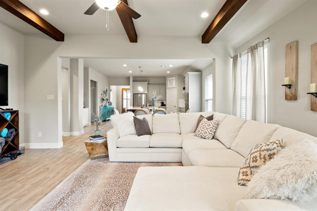 1224 Big Sky  Drive, Weatherford, Texas 76086 - acquisto real estate best listing agent in the nation shana acquisto estate realtor