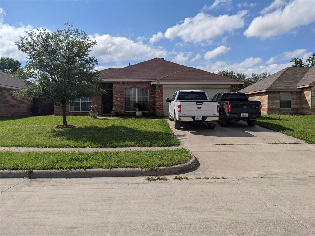 715 Stacie  Lane, Seagoville, Texas 75159 - Acquisto Real Estate best plano realtor mike Shepherd home owners association expert