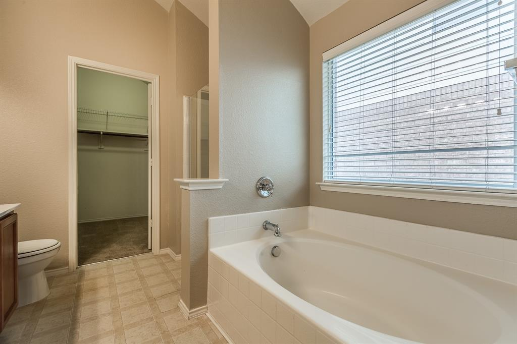 4241 Summer Star  Lane, Fort Worth, Texas 76244 - acquisto real estate best real estate company in frisco texas real estate showings