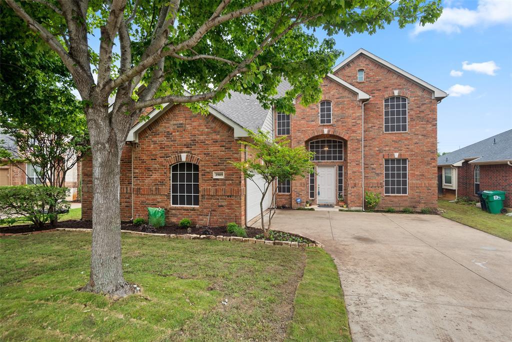 3909 Miramar  Drive, Denton, Texas 76210 - Acquisto Real Estate best plano realtor mike Shepherd home owners association expert