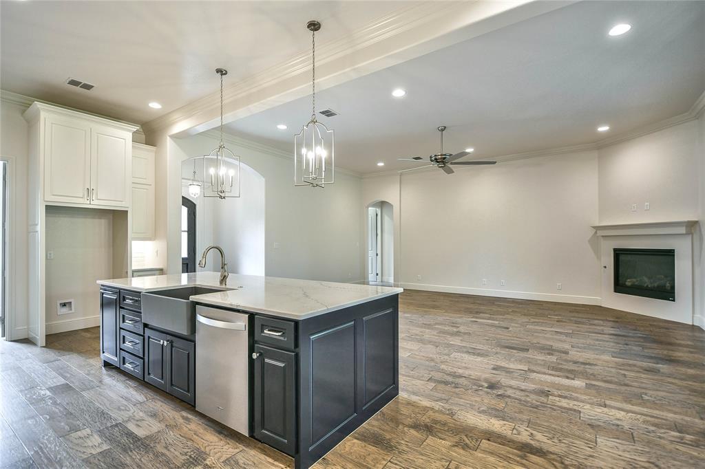 8021 Landings  Road, Granbury, Texas 76049 - acquisto real estate best listing agent in the nation shana acquisto estate realtor