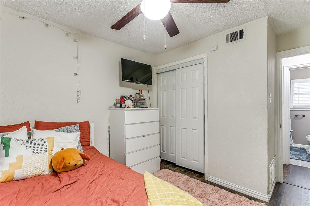 2214 Ridgeway  Street, Arlington, Texas 76010 - acquisto real estate best designer and realtor hannah ewing kind realtor
