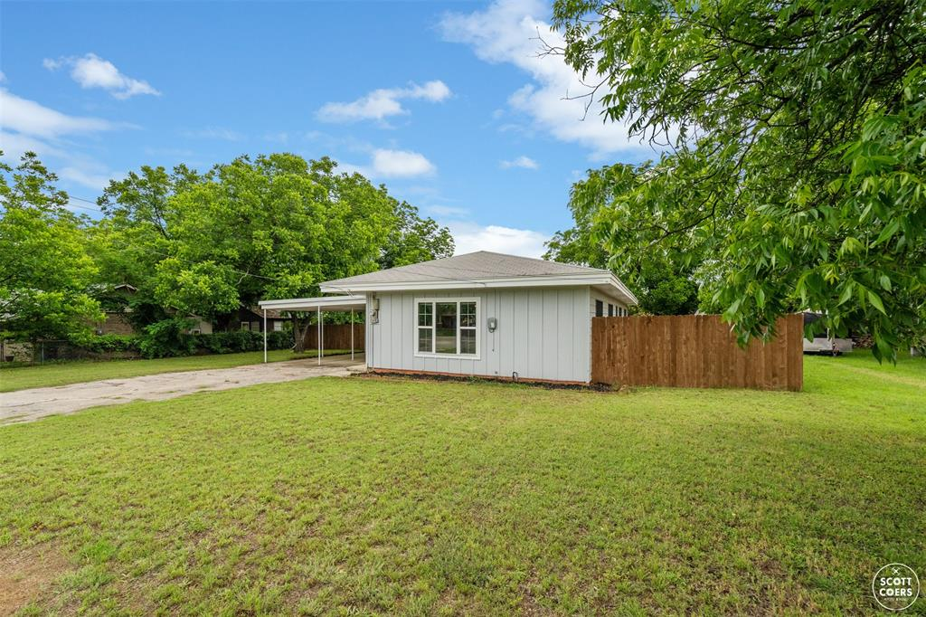 107 Lucas  Drive, Early, Texas 76802 - Acquisto Real Estate best plano realtor mike Shepherd home owners association expert