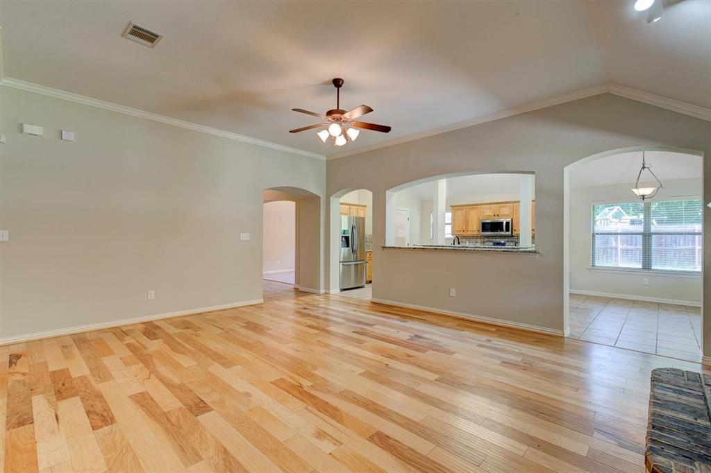 4407 Cluster Oak  Court, Granbury, Texas 76049 - acquisto real estate best new home sales realtor linda miller executor real estate