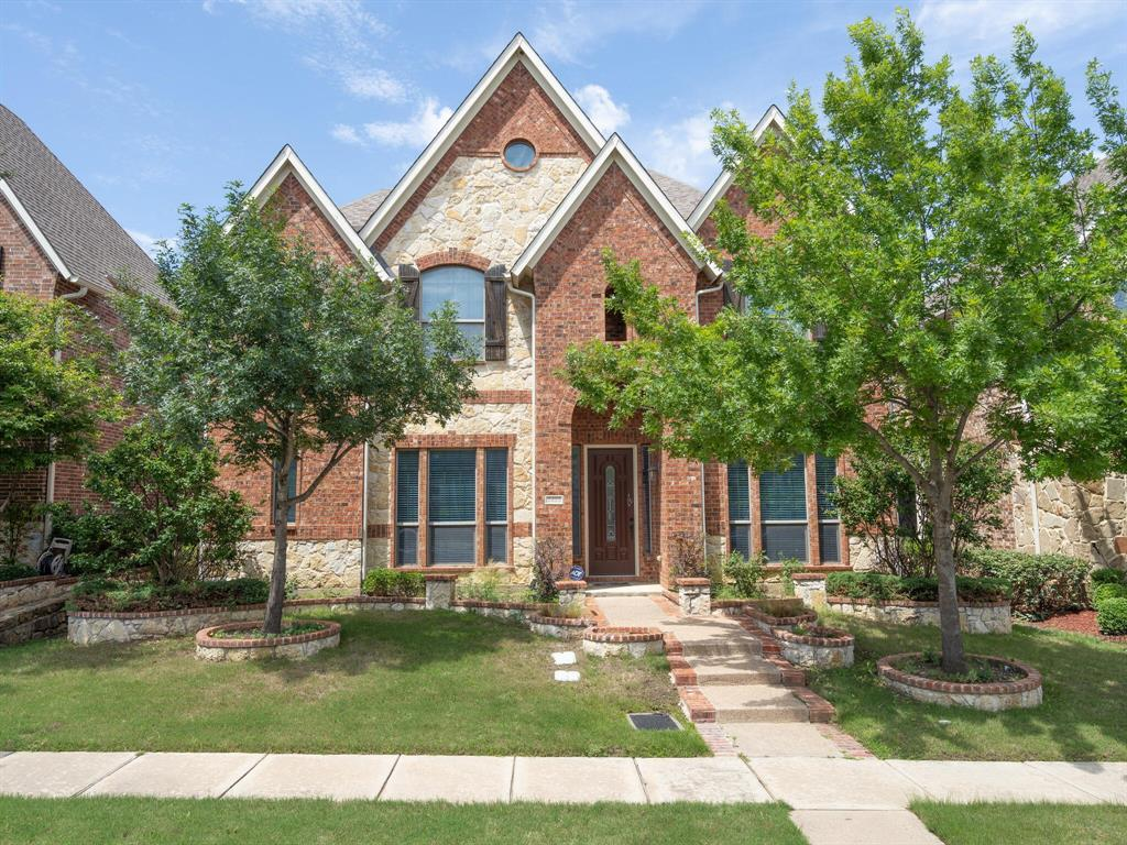 2423 Lismore  Irving, Texas 75063 - Acquisto Real Estate best plano realtor mike Shepherd home owners association expert