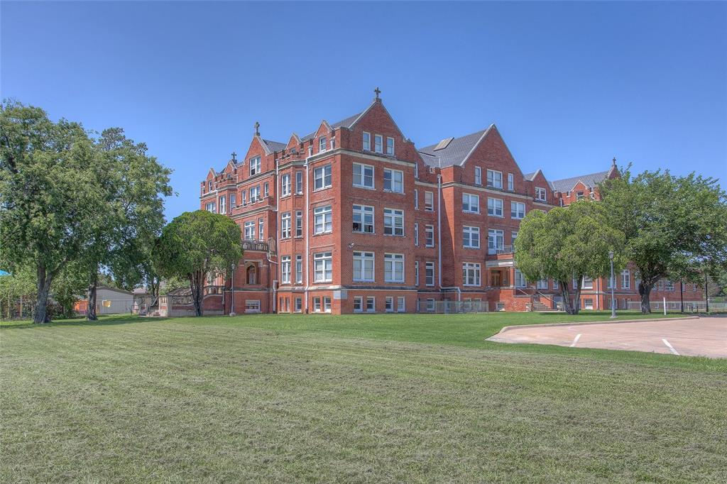 1012 Orange  Street, Fort Worth, Texas 76110 - acquisto real estate best luxury home specialist shana acquisto
