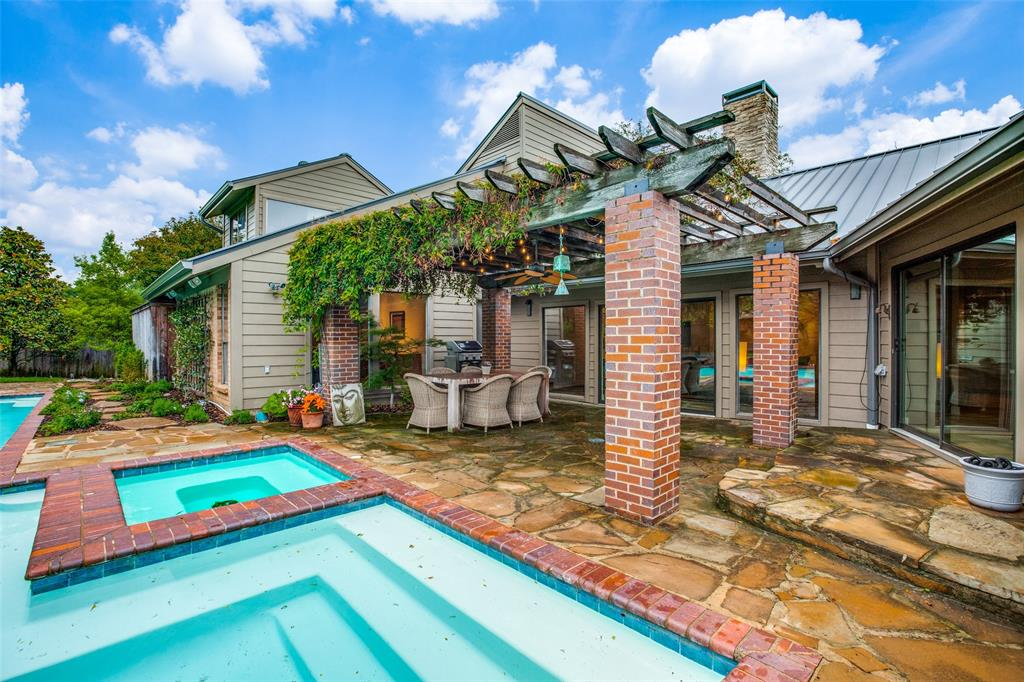 9535 Robin Meadow  Dallas, Texas 75243 - acquisto real estate best park cities realtor kim miller best staging agent