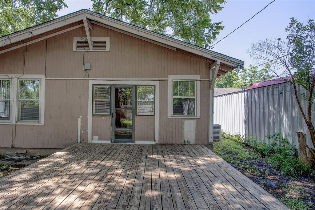 1012 Orange  Street, Fort Worth, Texas 76110 - acquisto real estate mvp award real estate logan lawrence