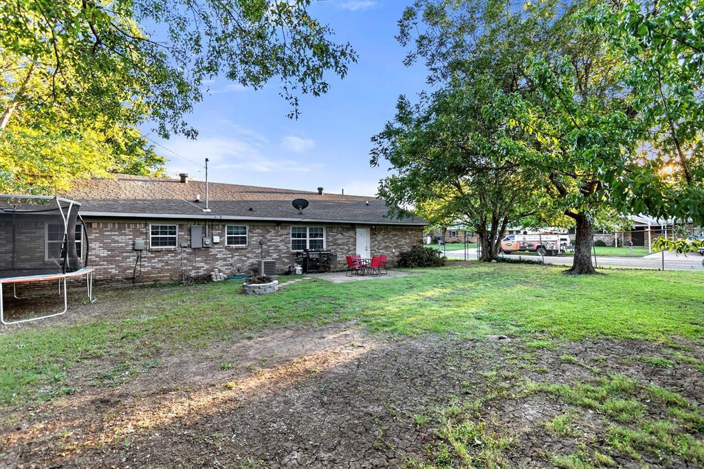 5701 Hanson  Drive, Watauga, Texas 76148 - acquisto real estate smartest realtor in america shana acquisto