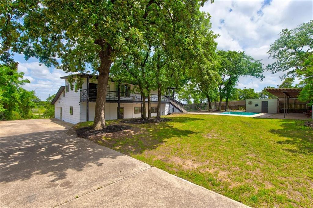 1112 Cooks  Lane, Fort Worth, Texas 76120 - acquisto real estate best allen realtor kim miller hunters creek expert