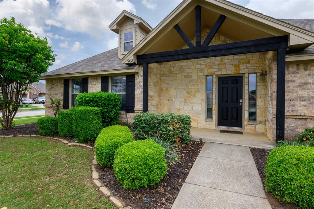 908 Glenview  Circle, Aubrey, Texas 76227 - acquisto real estate best allen realtor kim miller hunters creek expert