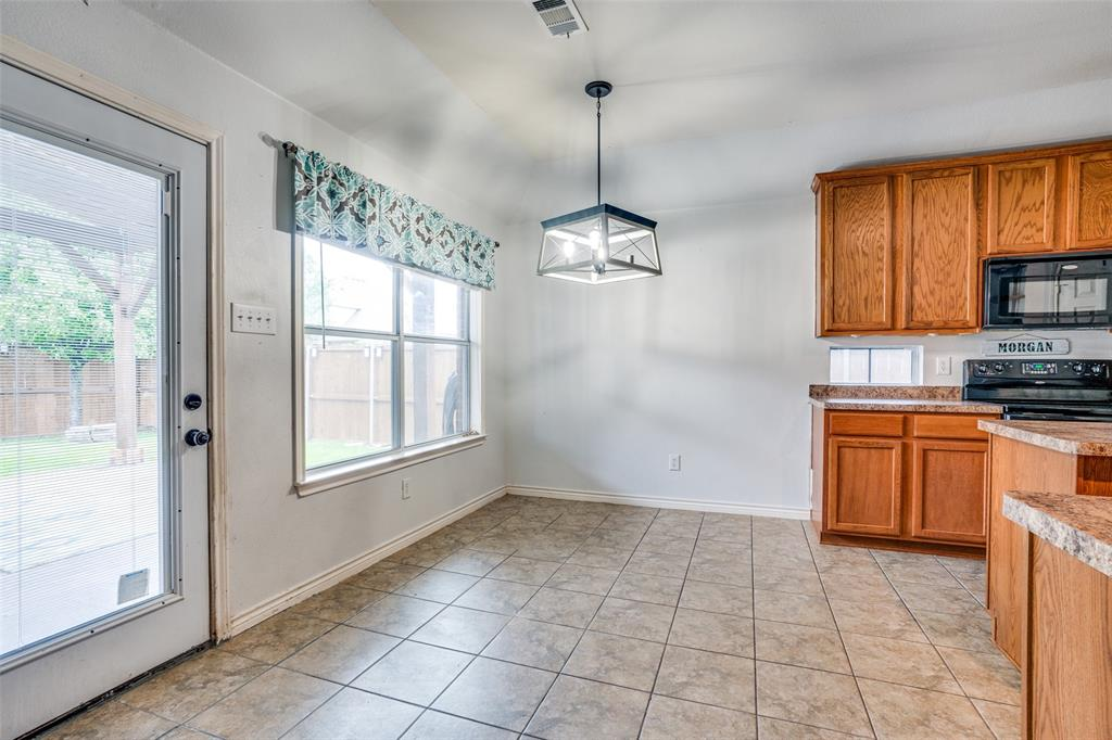 631 Crockett  Drive, Lavon, Texas 75166 - acquisto real estate best real estate company to work for