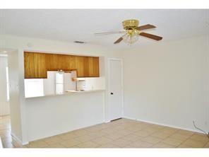 1251 Dallas  Drive, Denton, Texas 76205 - acquisto real estate best prosper realtor susan cancemi windfarms realtor