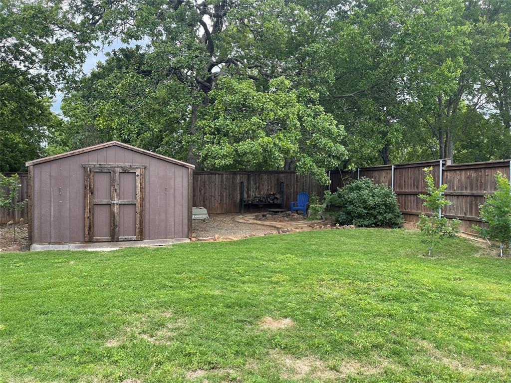 726 Sherman  Drive, Aubrey, Texas 76227 - acquisto real estate best realtor dfw jody daley liberty high school realtor