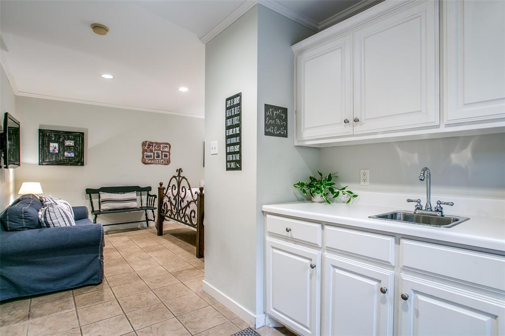 6738 Avalon  Avenue, Dallas, Texas 75214 - acquisto real estate smartest realtor in america shana acquisto