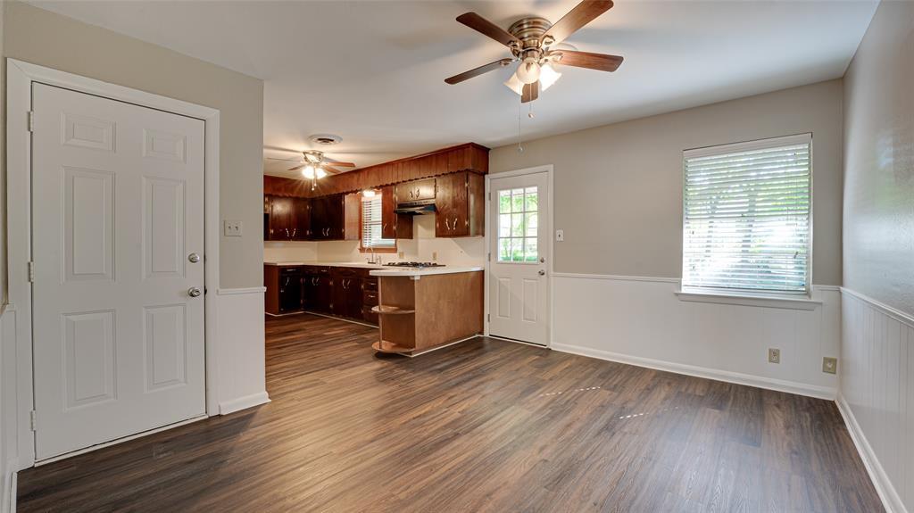 1508 Nichols  Street, Ennis, Texas 75119 - acquisto real estate best prosper realtor susan cancemi windfarms realtor