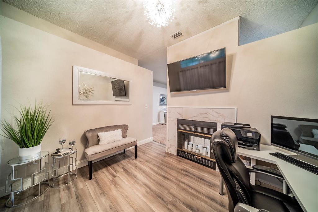 210 Chamblin  Drive, Cedar Hill, Texas 75104 - acquisto real estate best realtor westlake susan cancemi kind realtor of the year