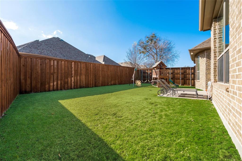 5637 Binbranch  Lane, McKinney, Texas 75071 - acquisto real estate best negotiating realtor linda miller declutter realtor