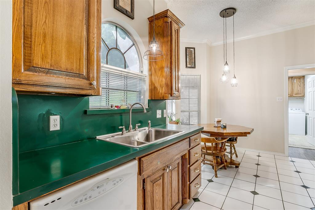 831 Irene  Street, Burleson, Texas 76028 - acquisto real estate best listing agent in the nation shana acquisto estate realtor