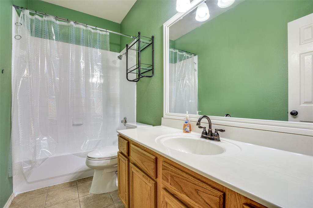 7932 Glenway  Drive, Dallas, Texas 75249 - acquisto real estate best real estate company in frisco texas real estate showings