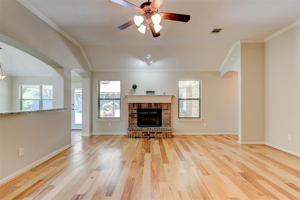 4407 Cluster Oak  Court, Granbury, Texas 76049 - acquisto real estate best listing listing agent in texas shana acquisto rich person realtor